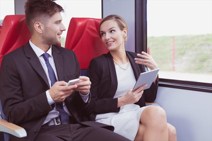 社内恋愛 通勤時間