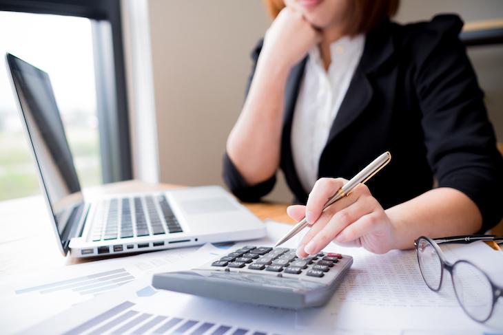 経理事務の仕事内容にはサイクルがある!初心者でもわかる経理業務を徹底解剖