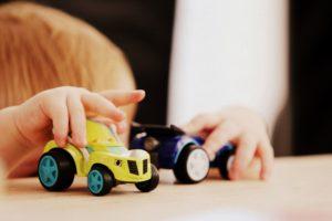 働くママの不安を解消!幼稚園を利用するメリットやデメリットを解説